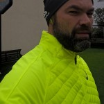 Gelb: Asics Hybrid Jacket - Bild: (c) Alex Rudolph