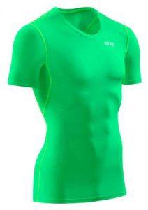 Stimuliert Aktivierungspunkte am Körper: Das Wingtech Shirt von CEP, das es in vielen verschiedenen Farbvarianten gibt - Foto: Hersteller